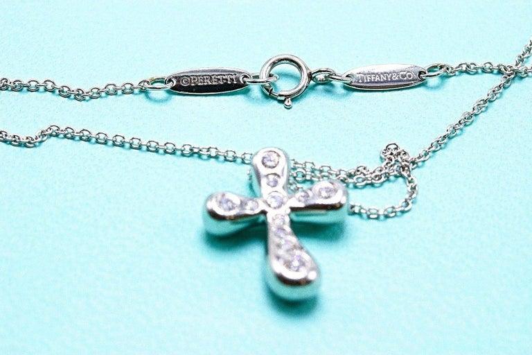 Tiffany & Co. Elsa Peretti Diamond Cross Pendant Necklace in Platinum In Excellent Condition For Sale In San Diego, CA