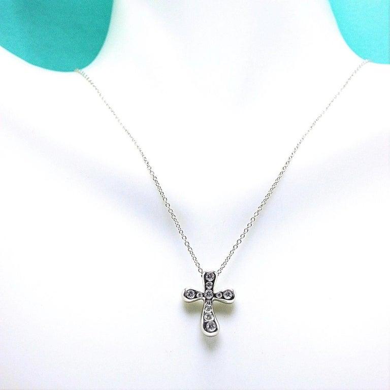 Women's Tiffany & Co. Elsa Peretti Diamond Cross Pendant Necklace in Platinum For Sale