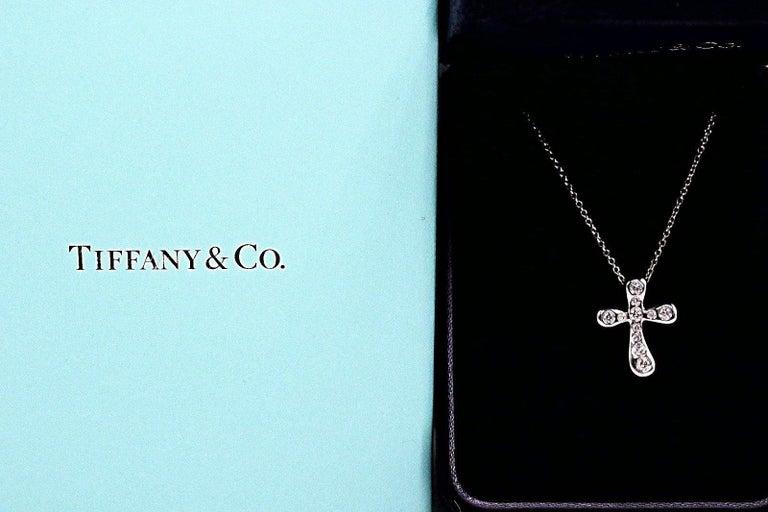 Tiffany & Co. Elsa Peretti Diamond Cross Pendant Necklace in Platinum For Sale 4