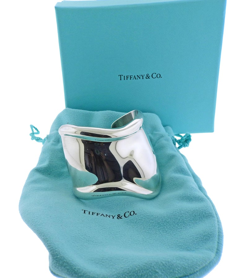 Women's Tiffany & Co. Elsa Peretti Silver Bone Cuff Bracelet For Sale