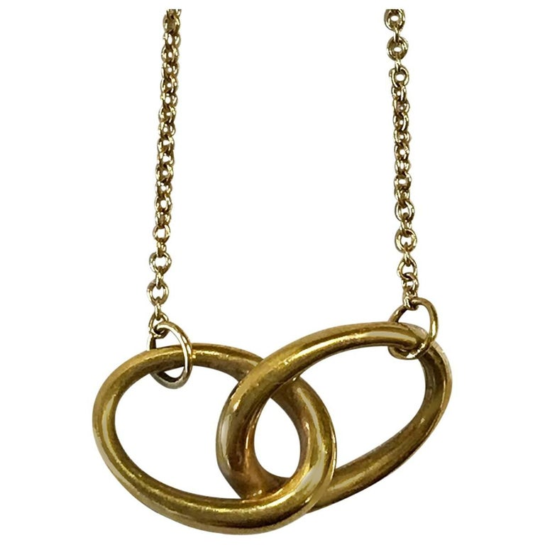 Tiffany & Co. Elsa Peretti Vintage Gold Interlocking Ovals Pendant Necklace For Sale