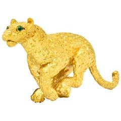 Tiffany & Co. Emerald 18 Karat Yellow Gold Leopard Brooch, 1991