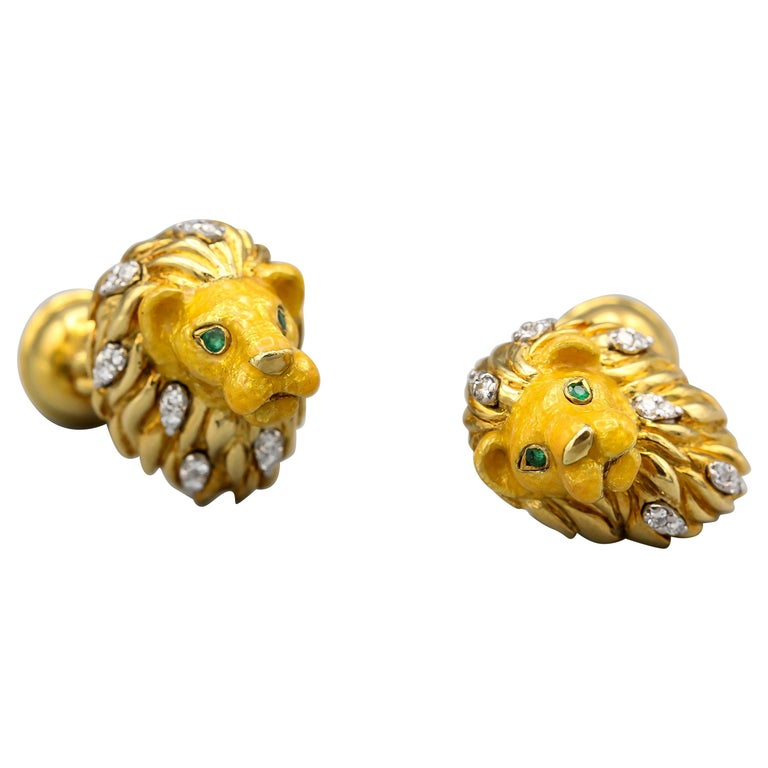 Tiffany & Co. Emerald Diamond and Enamel 18 Karat Gold Lion Cufflinks For Sale