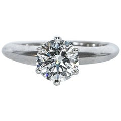 Tiffany & Co. Engagement Ring with 1.02 Carat Round Brilliant Centre in Platinum