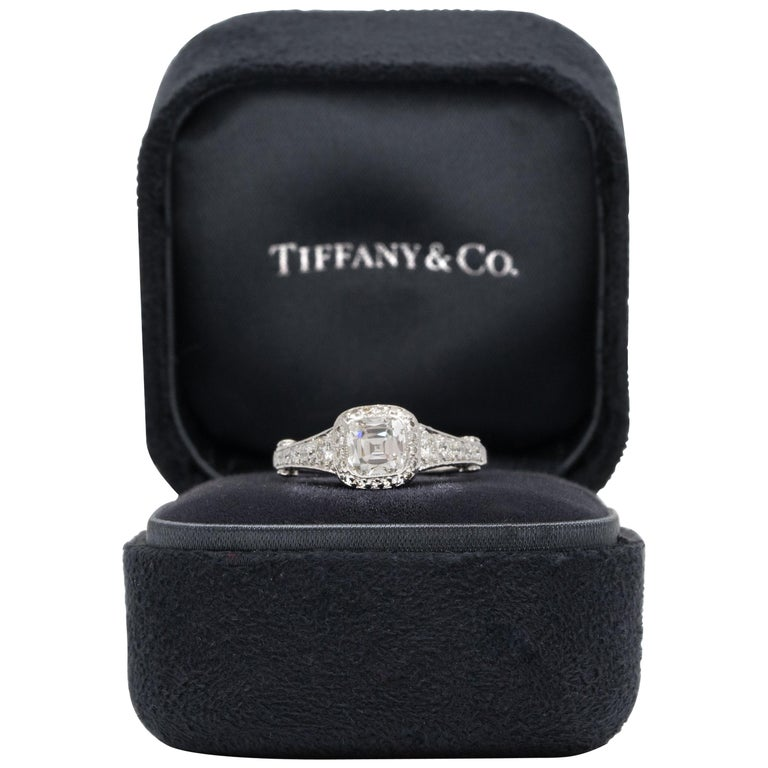 Tiffany Legacy® Engagement Ring with a 1.18 Carat Cushion-cut D VVS1 GIA For Sale