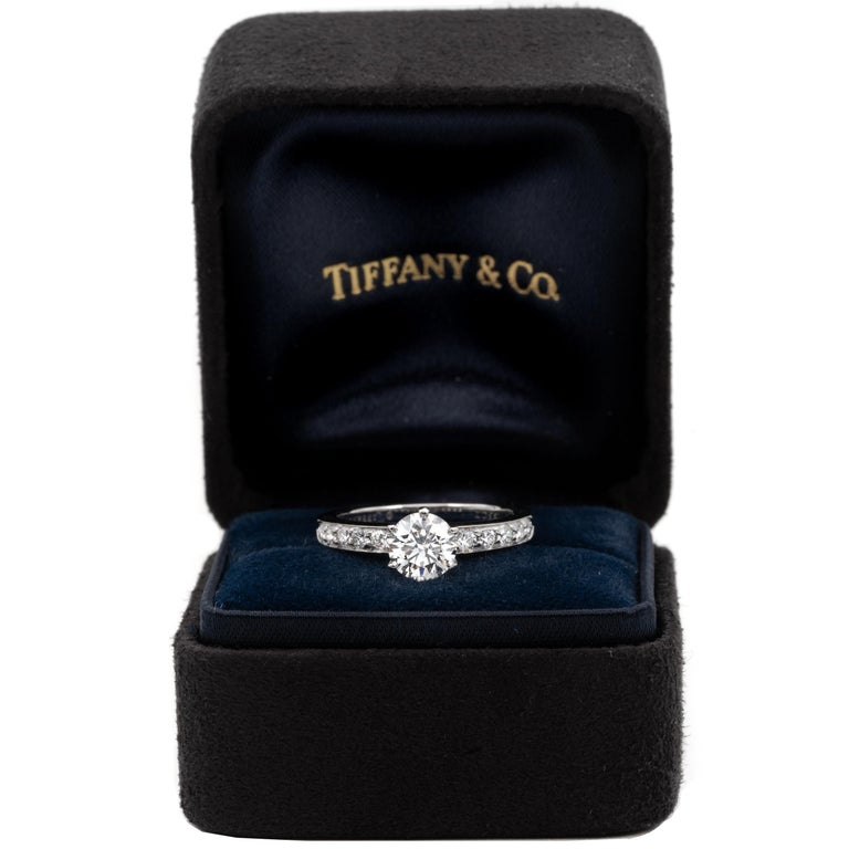 Tiffany & Co. Engagement Ring with .85 Carat Round Brilliant Centre in Platinum For Sale