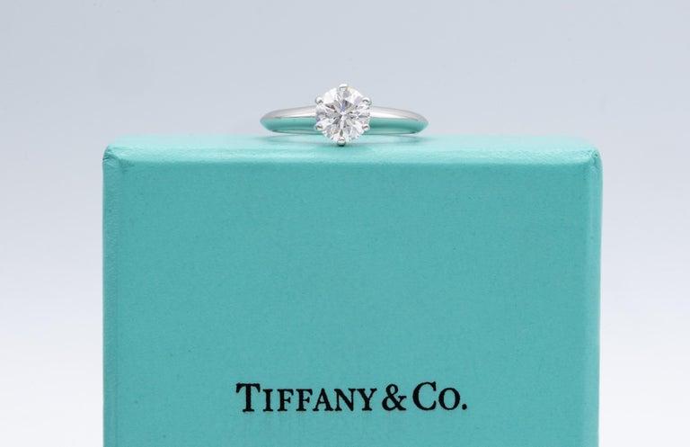 Tiffany & Co. Engagement Ring with .92 Carat Round Brilliant Centre in Platinum 1