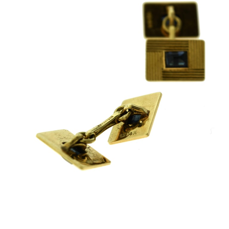 Tiffany & Co. Estate Yellow Gold Sapphire Cufflinks Stud Dress Set In Good Condition For Sale In Miami, FL