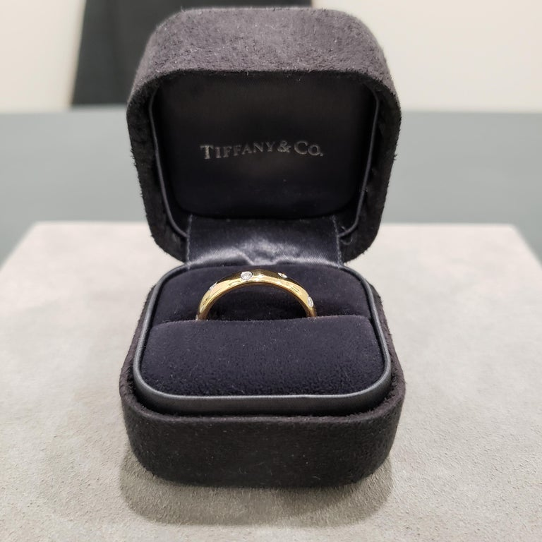 Tiffany & Co. Etiole Band Ring in Yellow Gold In New Condition For Sale In New York, NY