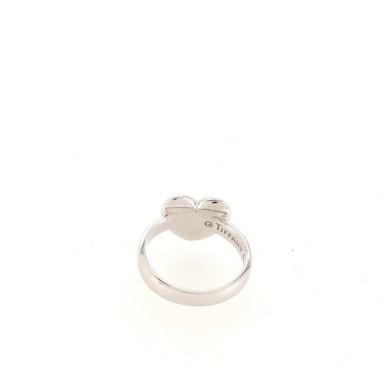 Tiffany & Co. Etoile Heart Ring 18K White Gold and Diamonds 18K White Gold In Good Condition In New York, NY