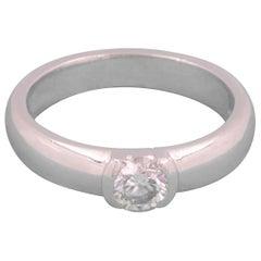 Tiffany & Co. Etoile Round Diamond 0.39 Carat Engagement Ring in Platinum