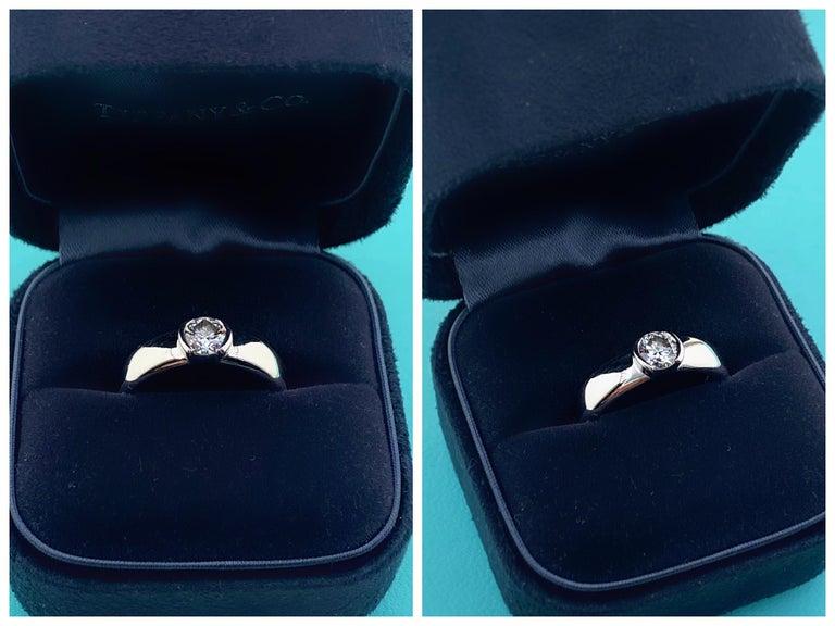 Tiffany & Co. Etoile Round Diamond 0.56 TCW H VVS2 Engagement Ring Platinum For Sale 13