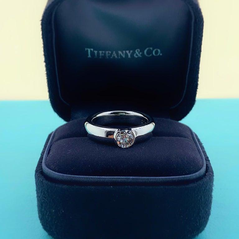 Round Cut Tiffany & Co. Etoile Round Diamond 0.56 TCW H VVS2 Engagement Ring Platinum For Sale