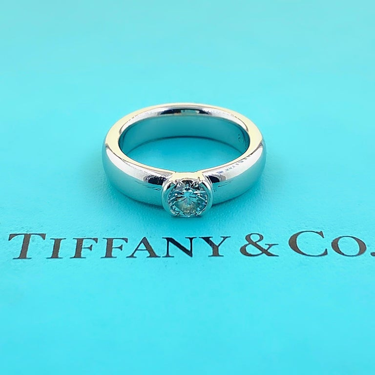 Tiffany & Co. Etoile Round Diamond 0.56 TCW H VVS2 Engagement Ring Platinum In Excellent Condition For Sale In San Diego, CA