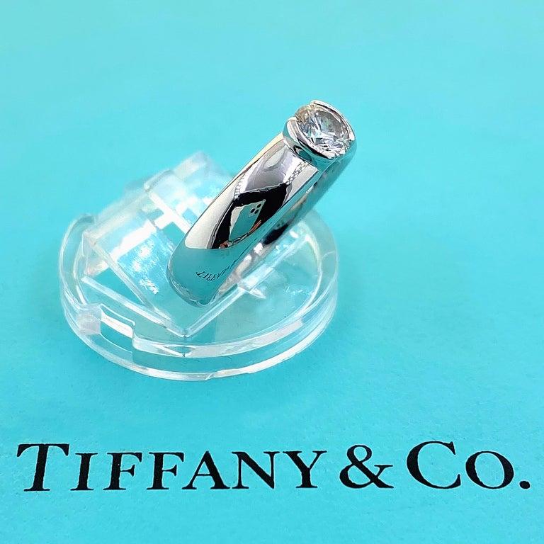 Women's or Men's Tiffany & Co. Etoile Round Diamond 0.56 TCW H VVS2 Engagement Ring Platinum For Sale