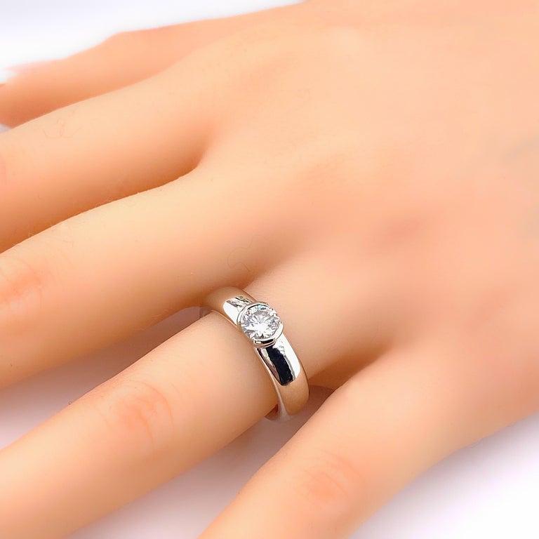 Tiffany & Co. Etoile Round Diamond 0.56 TCW H VVS2 Engagement Ring Platinum For Sale 2