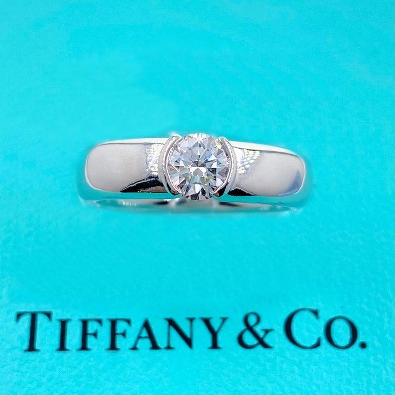 Tiffany & Co. Etoile Round Diamond 0.56 TCW H VVS2 Engagement Ring Platinum For Sale 3