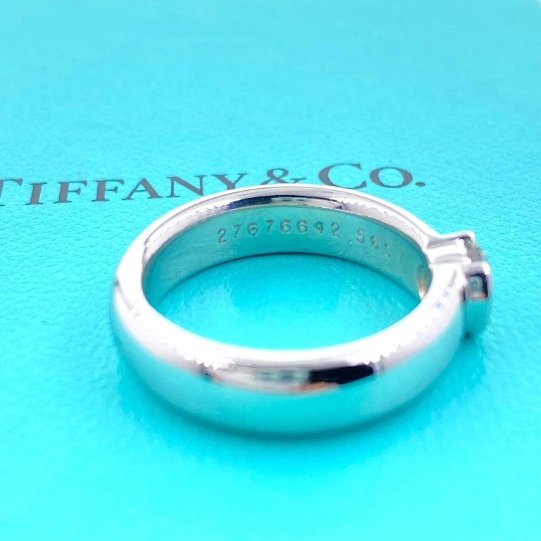 Tiffany & Co. Etoile Round Diamond 0.56 TCW H VVS2 Engagement Ring Platinum For Sale 4