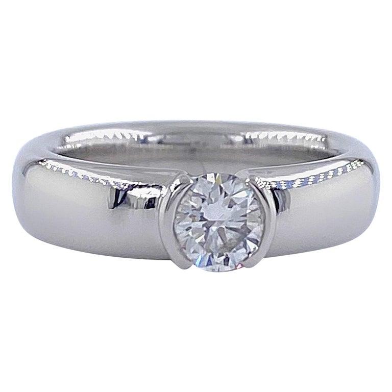 Tiffany & Co. Etoile Round Diamond 0.56 TCW H VVS2 Engagement Ring Platinum For Sale