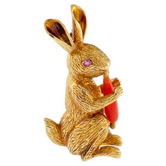 Tiffany & Co. Figural Rabbit Brooch with Coral Carrot in Yellow Gold