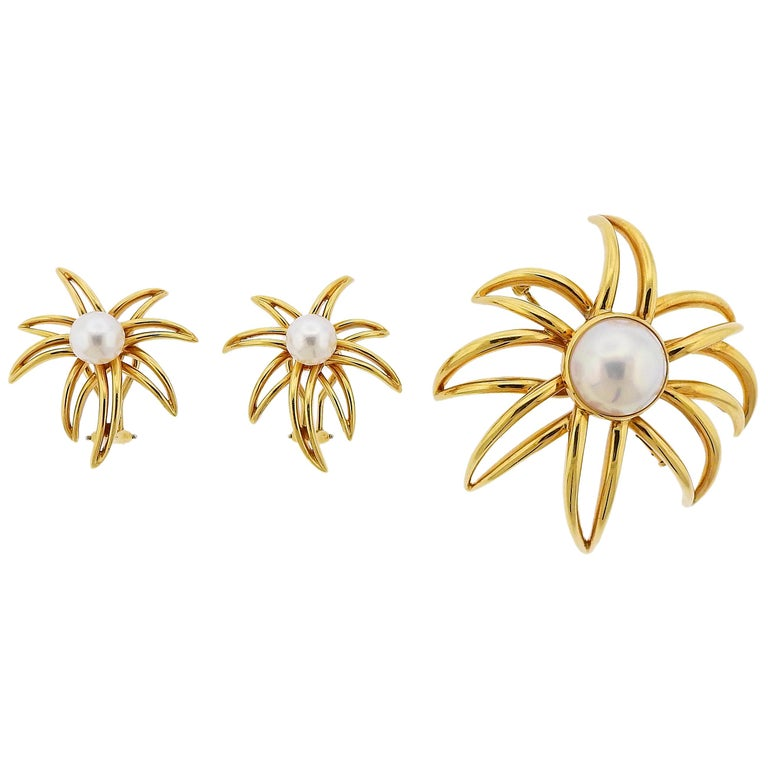 Tiffany & Co. Fireworks Pearl Gold Earrings Brooch Set For Sale
