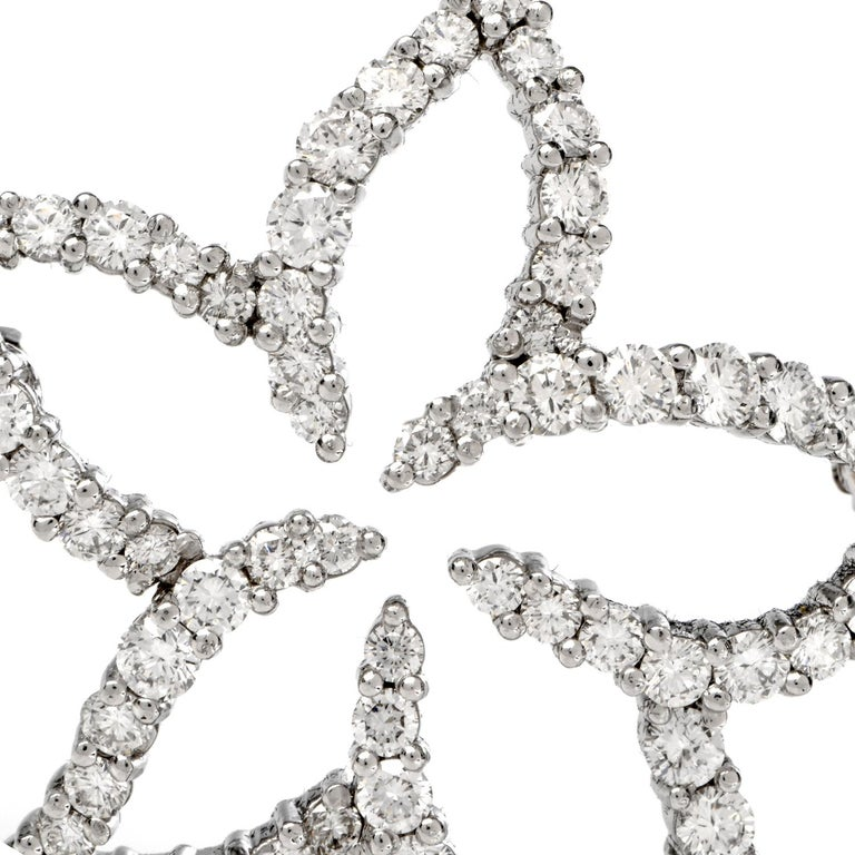 Round Cut Tiffany & Co. Floral Diamond Platinum Pin Brooch For Sale