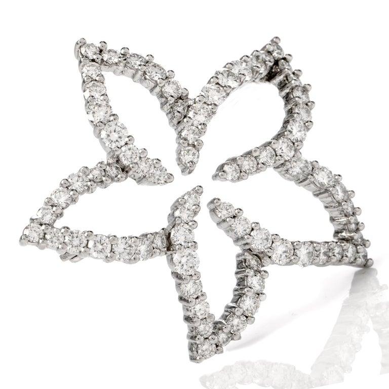 Tiffany & Co. Floral Diamond Platinum Pin Brooch In Excellent Condition For Sale In Miami, FL