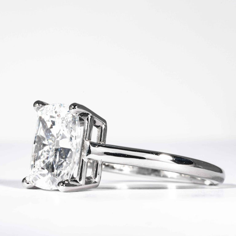 Tiffany & Co. GIA Certified 3.05 Carat D SI1 Cushion Cut Diamond Solitaire Ring In New Condition For Sale In Boston, MA