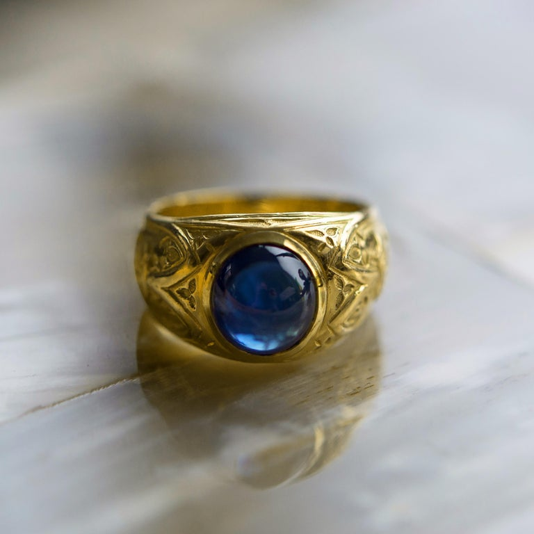 Tiffany & Co. Gilded Age Men's Sapphire Cabochon Ring in Gothic Setting For Sale 9