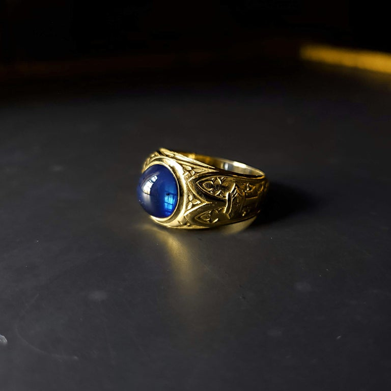 Tiffany & Co. Gilded Age Men's Sapphire Cabochon Ring in Gothic Setting For Sale 10