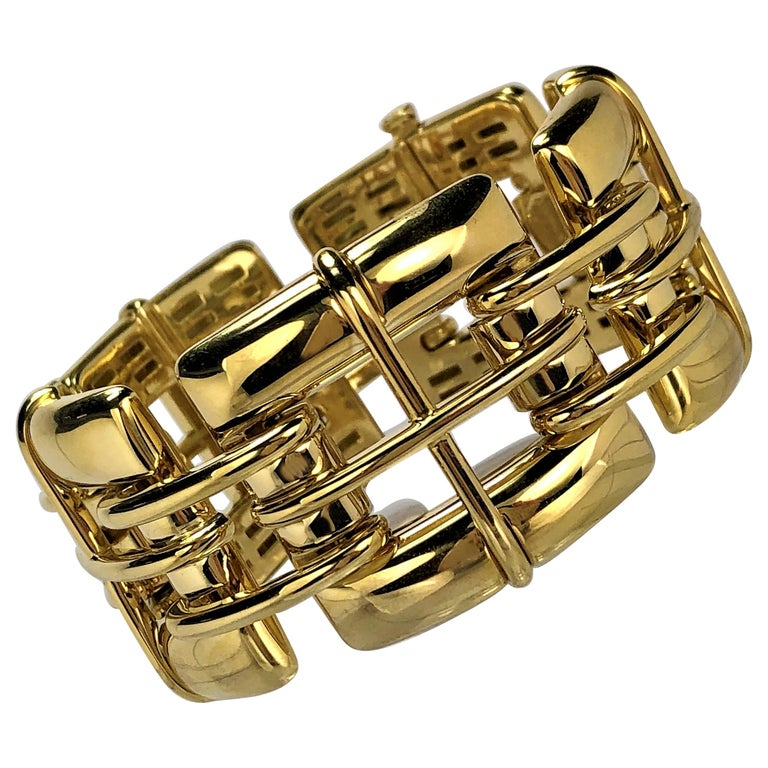 "Tiffany & Co. Gold Link ""Biscayne"" Bracelet For Sale"