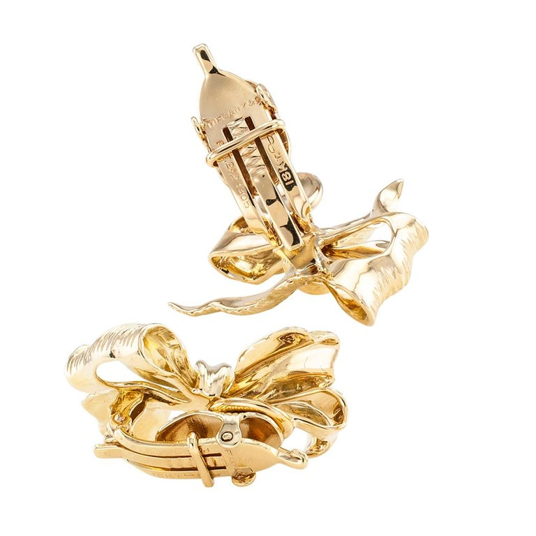 Women's Tiffany & Co. Gold Clip On Bow Earrings For Sale