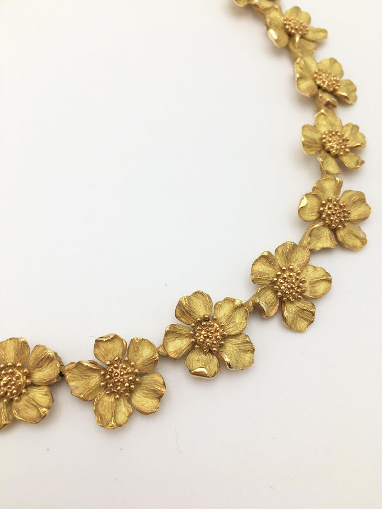 Women's Tiffany & Co. Gold Dogwood Flower Necklace For Sale