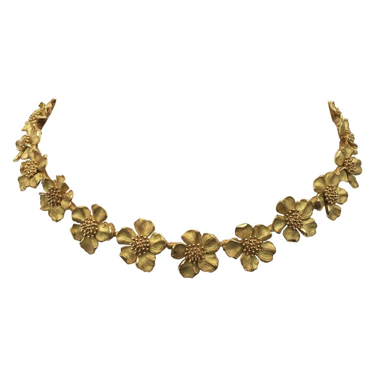 Tiffany & Co. Gold Dogwood Flower Necklace For Sale