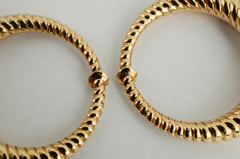 Tiffany & Co. Gold Hoop Earrings In Excellent Condition For Sale In Darnestown, MD