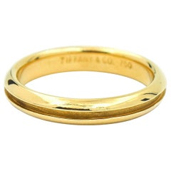 Tiffany & Co. Groove Wedding Band in 18 Karat Yellow Gold Ring
