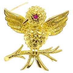 Tiffany & Co. Hummingbird 18 Karat Yellow Gold & Ruby Pin