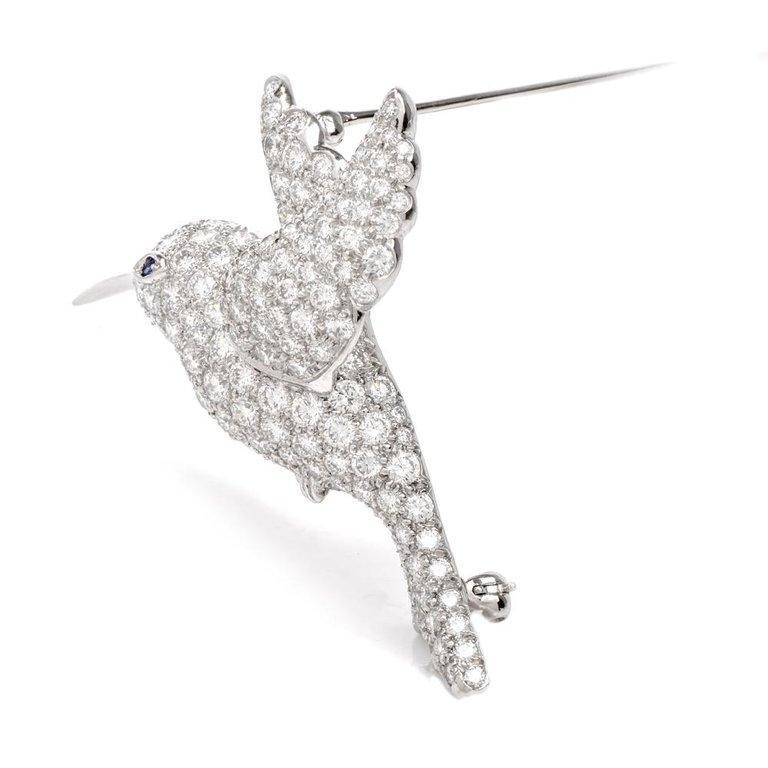 Women's or Men's Tiffany & Co. Hummingbird Pavé Diamond Platinum Brooch Pin For Sale