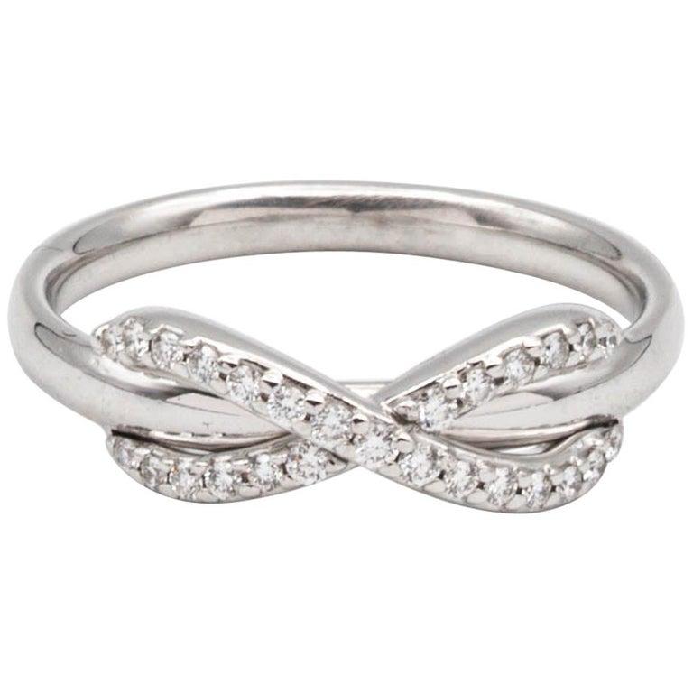 Tiffany & Co. Infinity Diamond Ring in 18 Karat Gold
