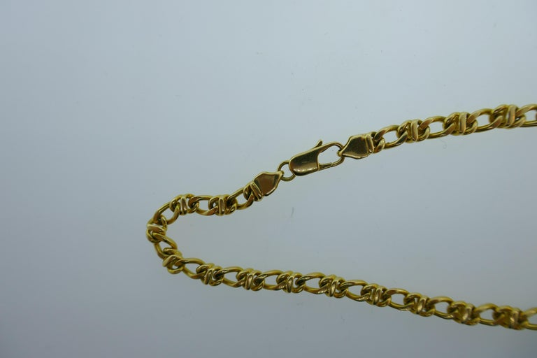 Women's or Men's Tiffany & Co. Italy 18 Karat Yellow Gold Chain Link Necklace circa 1980s Vintage For Sale