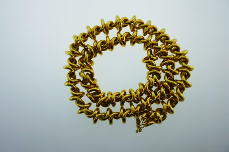 Tiffany & Co. Italy 18 Karat Yellow Gold Link Necklace Vintage For Sale 2
