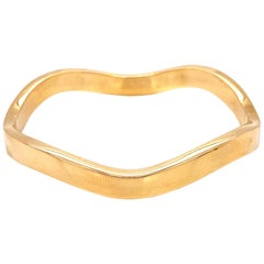 Tiffany & Co. Italy Wave 18 Karat Yellow Gold Bangle Bracelet