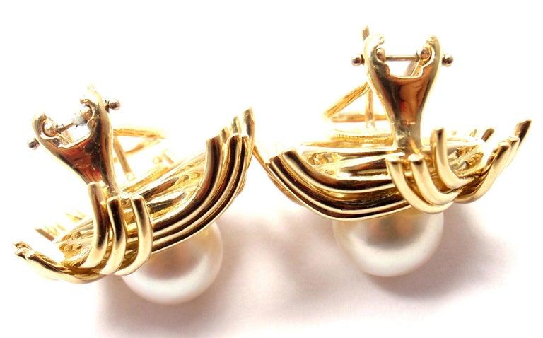 Tiffany & Co. Jean Schlumberger Pearl Yellow Gold Earrings For Sale 3