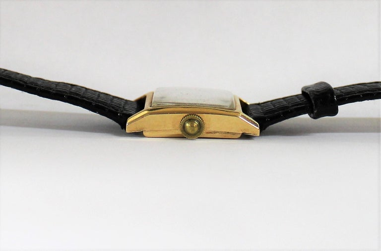 Tiffany & Co. Ladies 18-Carat Gold Watch In Good Condition For Sale In Hamilton, Ontario
