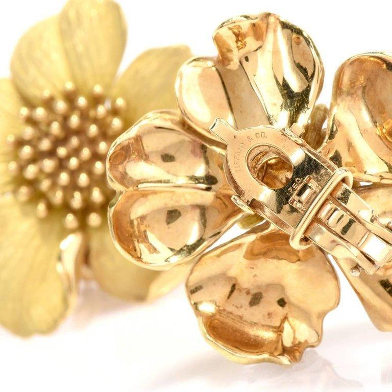 Tiffany & Co. Large Dogwood Flower 18 Karat Clip-On Earrings For Sale 2