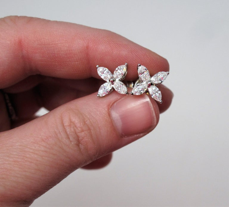 Tiffany & Co. Large Victoria Diamond Earrings in Platinum 1.61 Carat Total For Sale 4