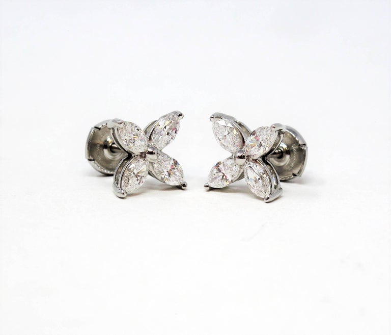 Tiffany & Co. Large Victoria Diamond Earrings in Platinum 1.61 Carat Total In Good Condition For Sale In Scottsdale, AZ