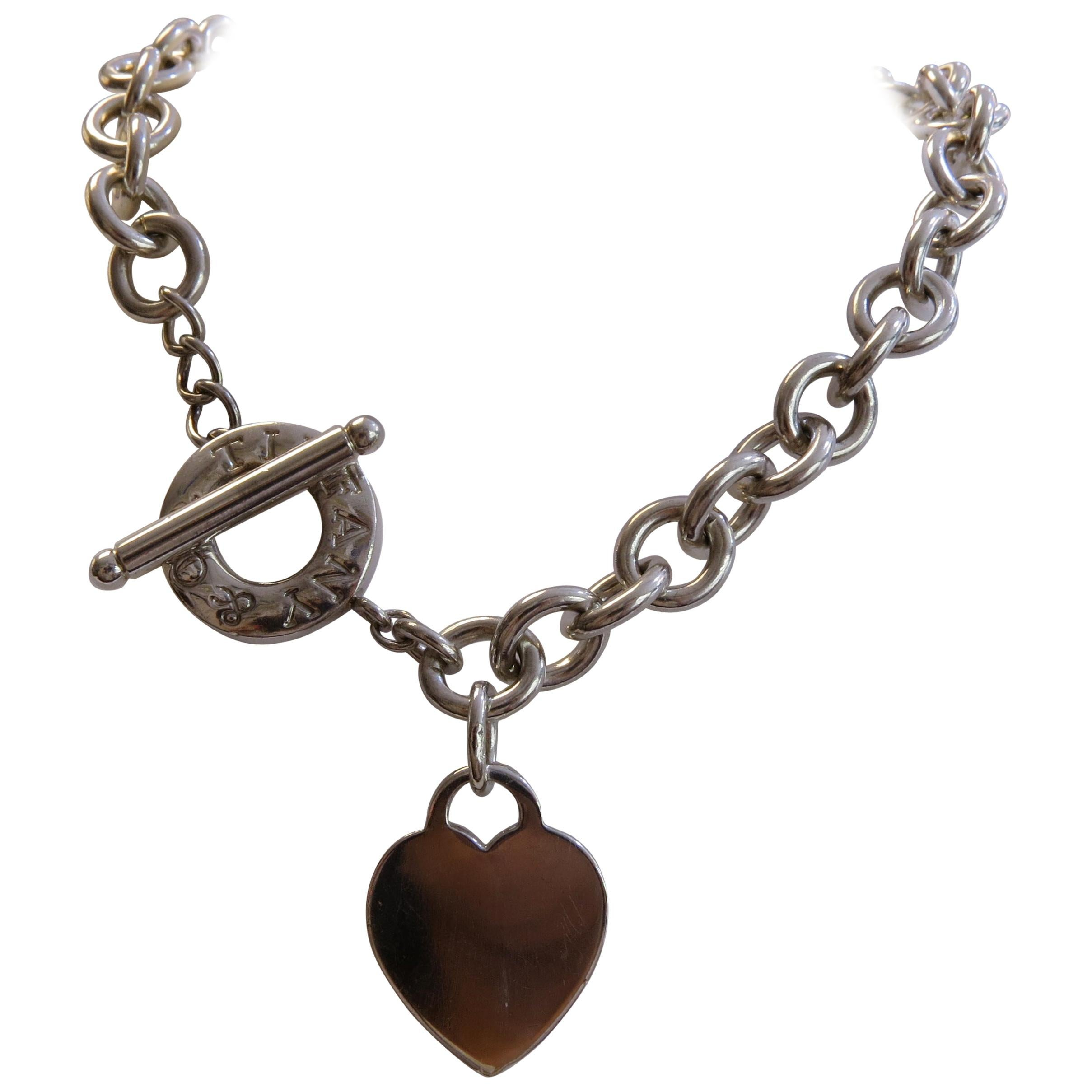 247c06a0a8702 Tiffany & Co. Link Heart Tag Necklace Shoker St. Silver Toggle Clasp
