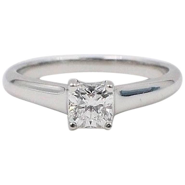 c31e6e4e94a Tiffany and Co. Lucida 0.46 ct E VVS1 Diamond Platinum Engagement Ring Box  and Cert For Sale at 1stdibs