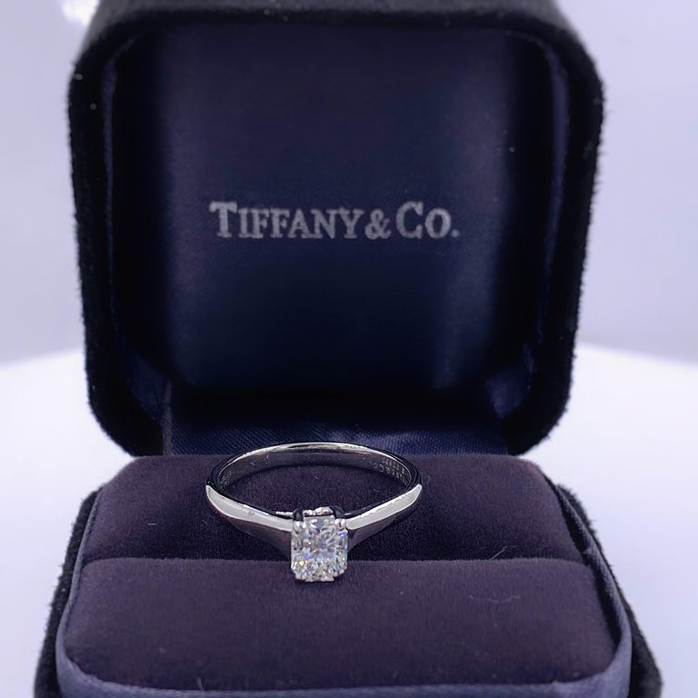 Tiffany & Co. Lucida 0.58 Carat F VS1 Solitaire Platinum Engagement Ring GIA For Sale 1